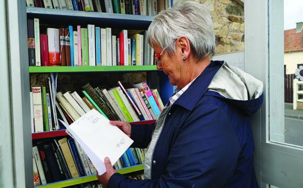 Une cabane à livres ouverte à tous