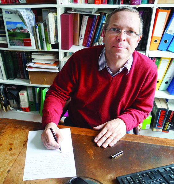 Frédéric Ville auteur d'un ouvrage sur les communes nouvelles