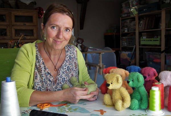 Sandra Maréchal a donné naissance à des centaines d'ours et autres doudous pour les tout-petits.
