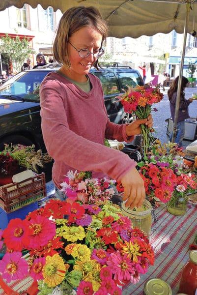 Sandra Burger cultive des fleurs bio