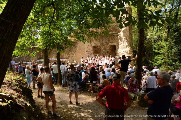 Le site médiéval de Donzy dans la Loire revit !