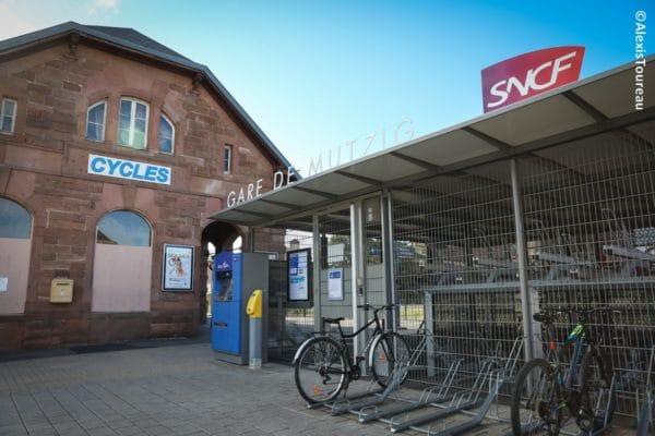 Dans l'ancienne gare de Mutzig (6011 hab.) dans le Bas-Rhin, un café-vélo va bientôt s'installer.
