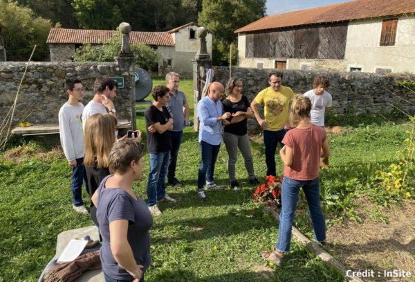 Depuis cet été, dans le cadre d'un service civique, six jeunes ont soutenu la création d'une boulangerie et d'un café associatifs, d'un festival, d'un jardin communal et de nombreuses animations dans trois villages d'Occitanie.