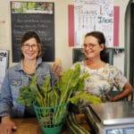 À l'épicerie: bons produits et lien social