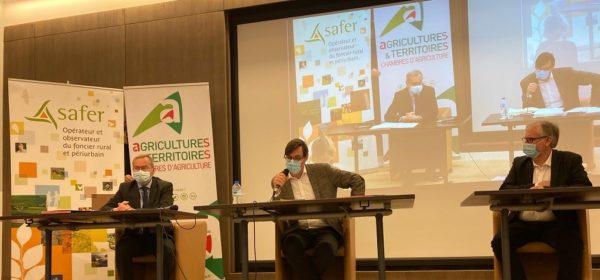 Chambres d'agriculture France (APCA) et la FNSafer s'engagent à renforcer leur partenariat pour une agriculture et des territoires plus résilients.