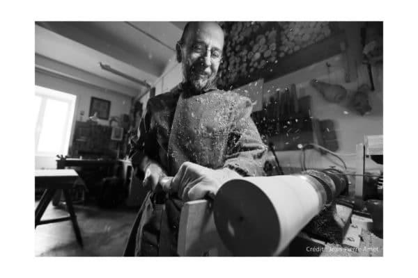 La filiere Bois : Dans l'atelier de Christian Nicod (Le Bois de Kazou) tourneur sur bois, ebeniste, restaurateur de meubles anciens